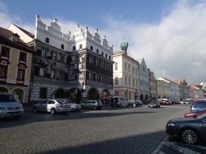 Marktplatz von Litomerice (Leitmeritz) - weiter hinten das Kelchhaus