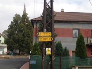 """Radwegebeschilderung in Tschechien - perfekt! Die """"2"""" ist der Elberadweg"""