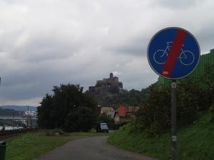 Blick auf Burg Schreckenstein