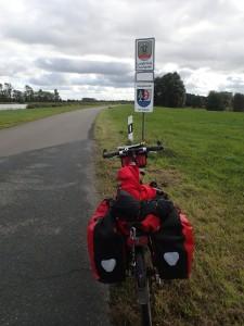 Ankunft im Landkreis Cuxhaven - bis zur Kubelbarke sind es jetzt bereits weniger als 50 km!